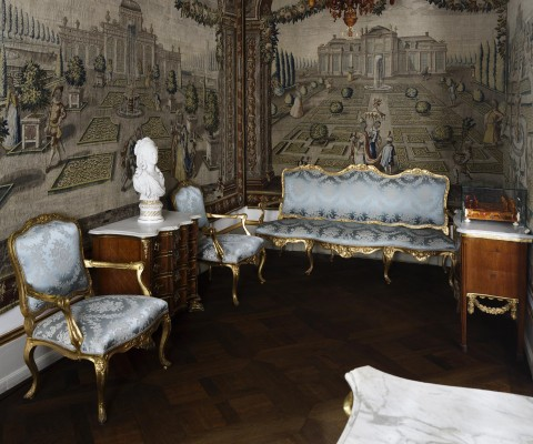 Frederik V's Cabinet The Royal Danish Collection