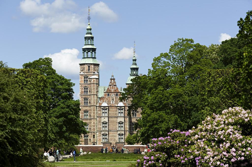 Rosenborg Castle Gardens Opening Hours Garden Ftempo