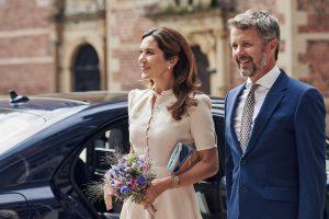 Kronprinsessens selskabstaske | Se den i Dronningens Broderier på Koldinghus i 2021