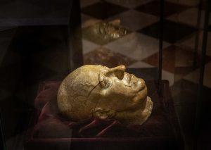 Christian 5.s dødsmaske   Se den på Koldinghus indtil 31. oktober 2021