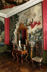 Tapet med Io og Jupiter på skyen. I Frederik 4.s kabinet på Rosenborg.
